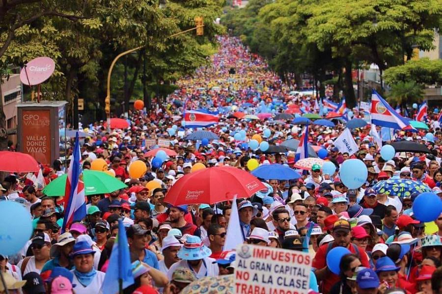 Costa Rica continúa en las calles contra ajuste económico