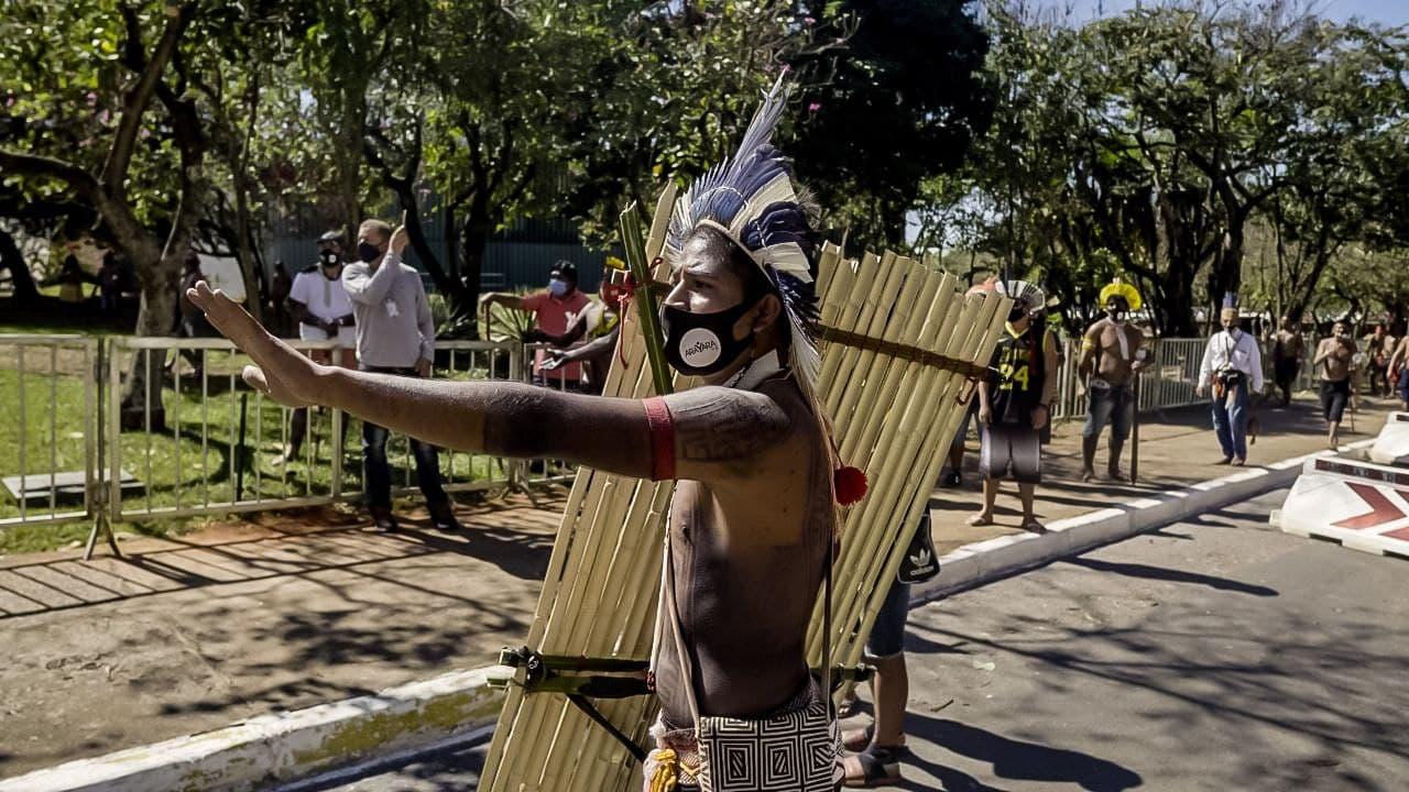 Brasil: Proyecto de ley niega derecho a la tierra para pueblos indígenas