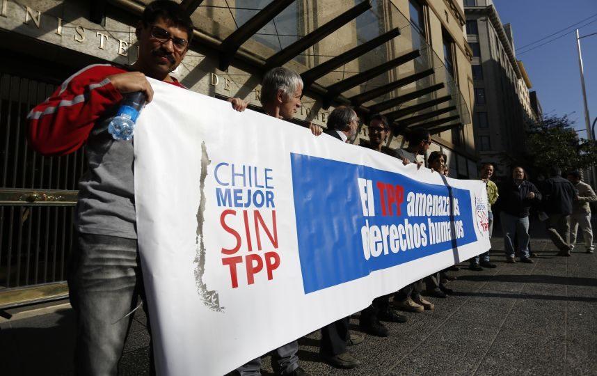 Movimientos sociales logran frenar TPP en Chile
