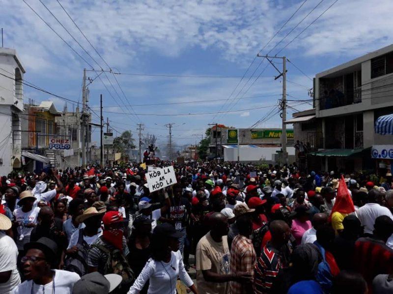 ¡El pueblo de Haití reclama su derecho a la justicia y bienestar colectivo!