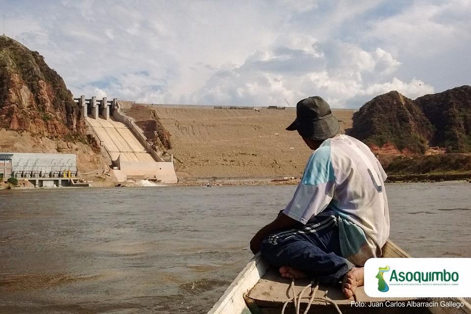 Pescadores artesanales pierden hogar por represa El Quimbo