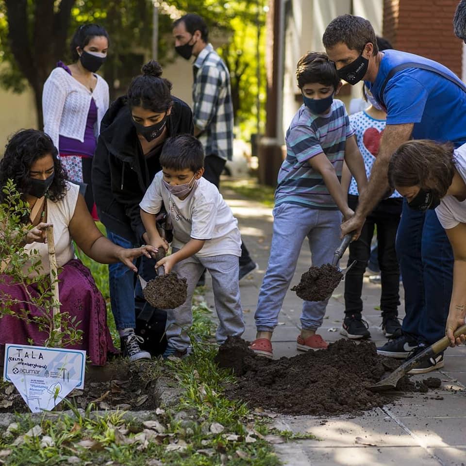 Plantamos Memoria: A 45 años del golpe cívico-militar en Argentina