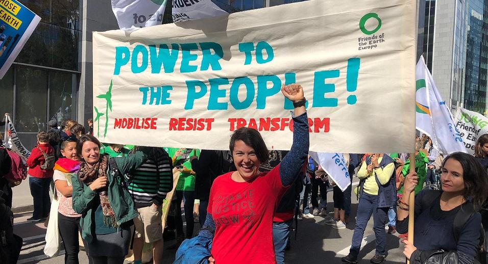 Amigos de la Tierra: «No es sólo la crisis climática: está en juego nuestro presente y futuro»
